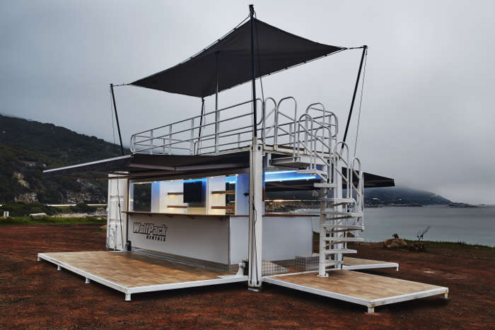 Our Mobile Bar Rental gives you a simple and effective approach to launching your next event.